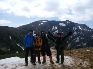 16 IMG_20160505_090938 2硫黄岳山頂を過ぎ