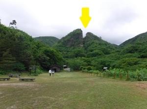 黄色の所が山が割れた所